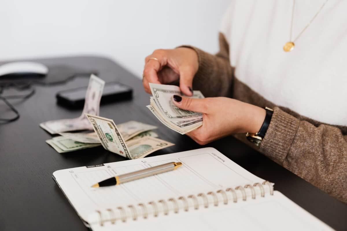 teaching English in Japan salary